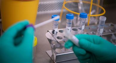 Mới: Phát hiện thay đổi trong triệu chứng lâm sàng của virus corona